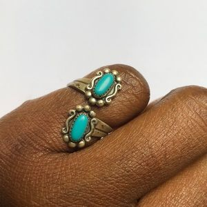 ❤️❤️VINTAGE STERLING TURQUOISE RING